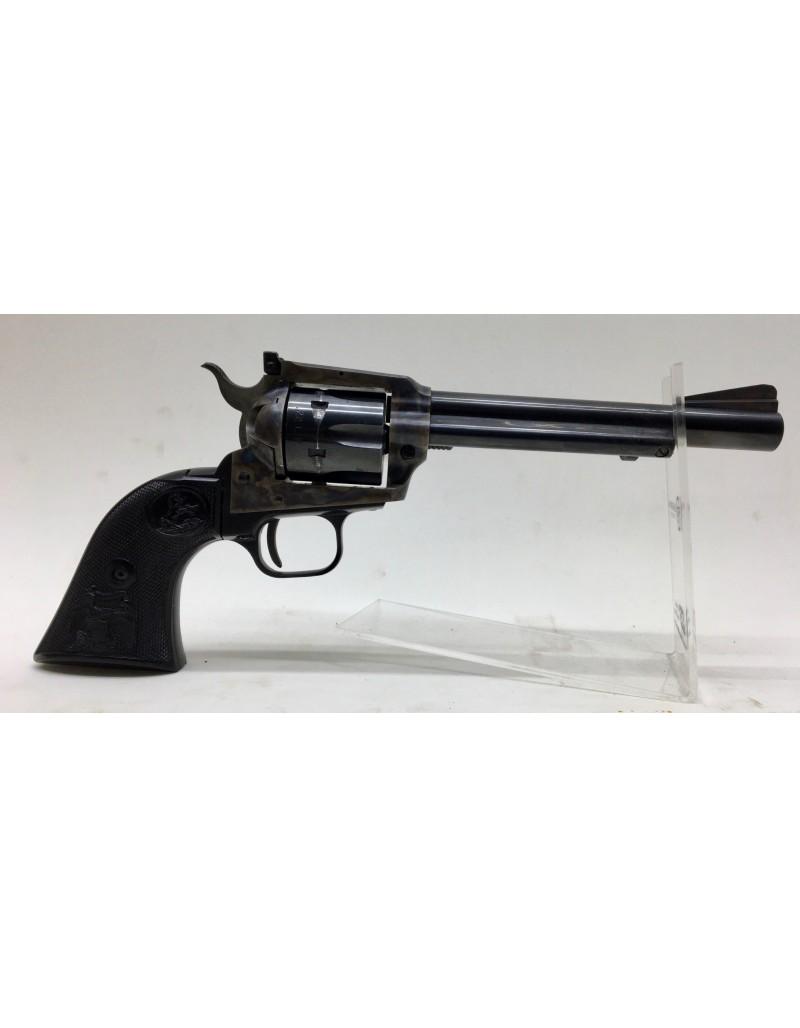 Revólver Colt New Frontier